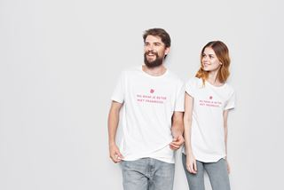 """T-shirt """"Mij maak je beter niet framboos"""" maat XL"""